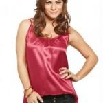 blusa vermelha de cetim