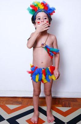 A fantasia de carnaval para crianças confeccionada em casa é perfeita para quem quer uma peça única e barata (Foto: Divulgação)