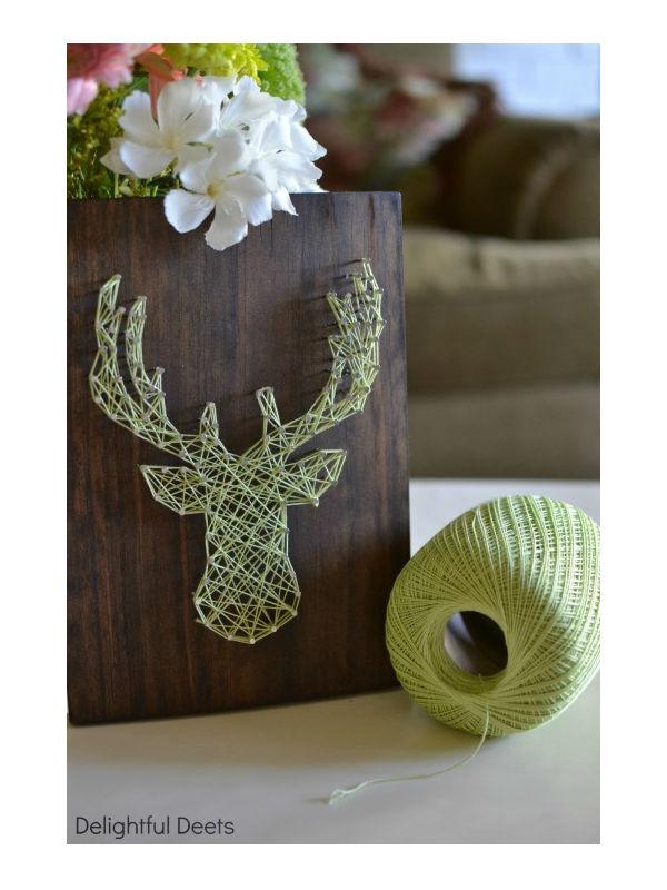 Artesanato com pregos, madeira e linha