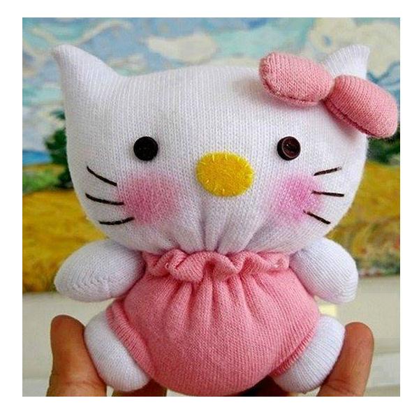 Hello Kitty feita de meia passo 5