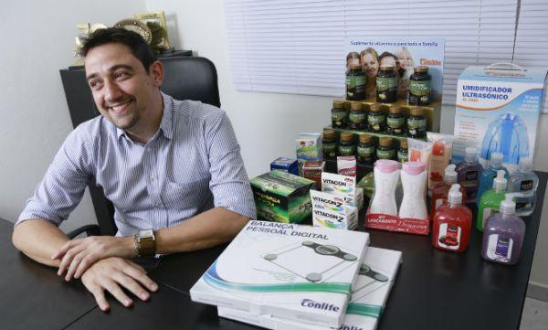 O representante de medicamentos comercial pode conseguir um bom salário (Foto: vagas.com.br)