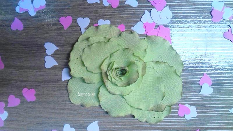 flores com tecido organza