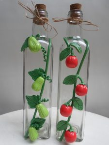 garrafa de vidro com biscuit