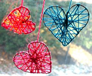 artesanato com linha coração