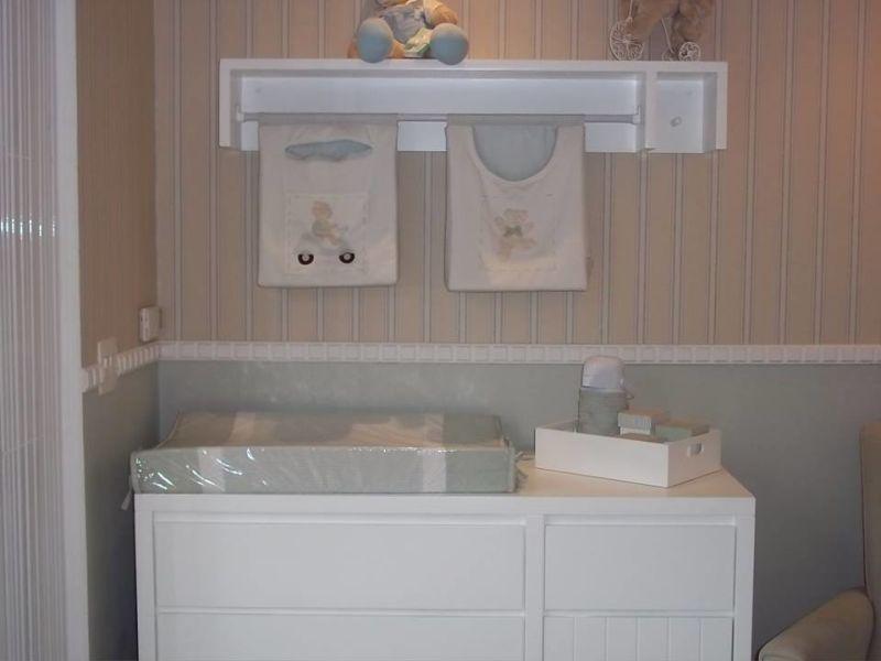 prateleira para quarto de bebe cinza