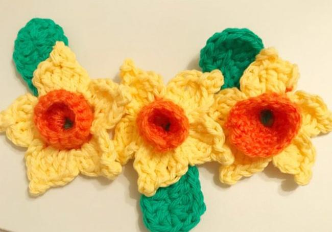 flor de croche amarela 12