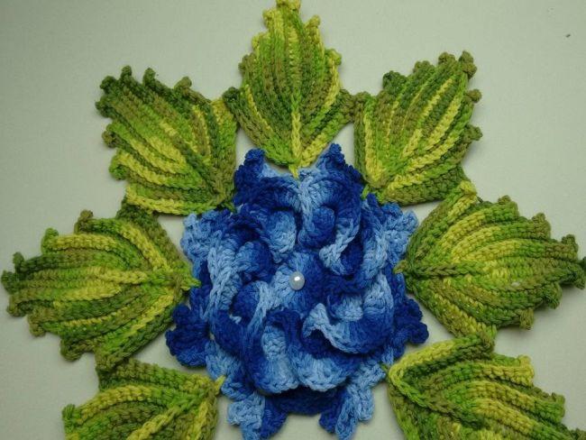 flor de croche azul 8