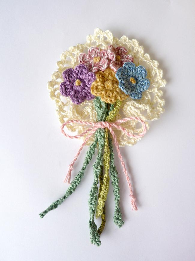 flor de croche buque 15
