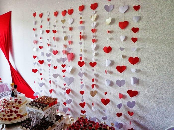 casamento cortina de coração noivinhos 6