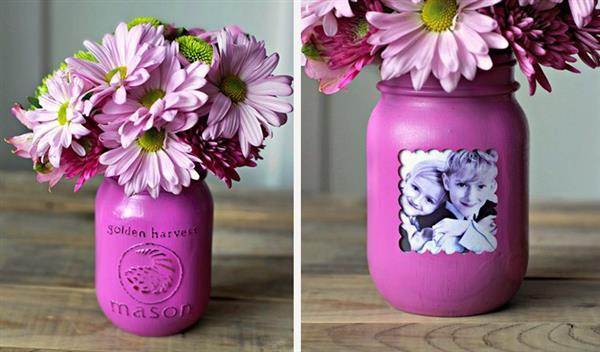 vaso reciclado com flores e foto