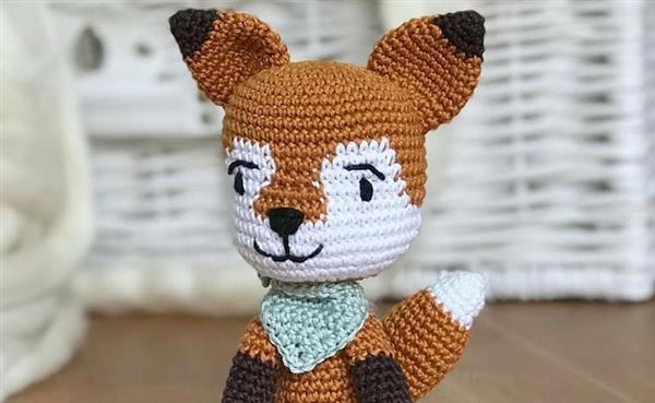 raposa de lenço