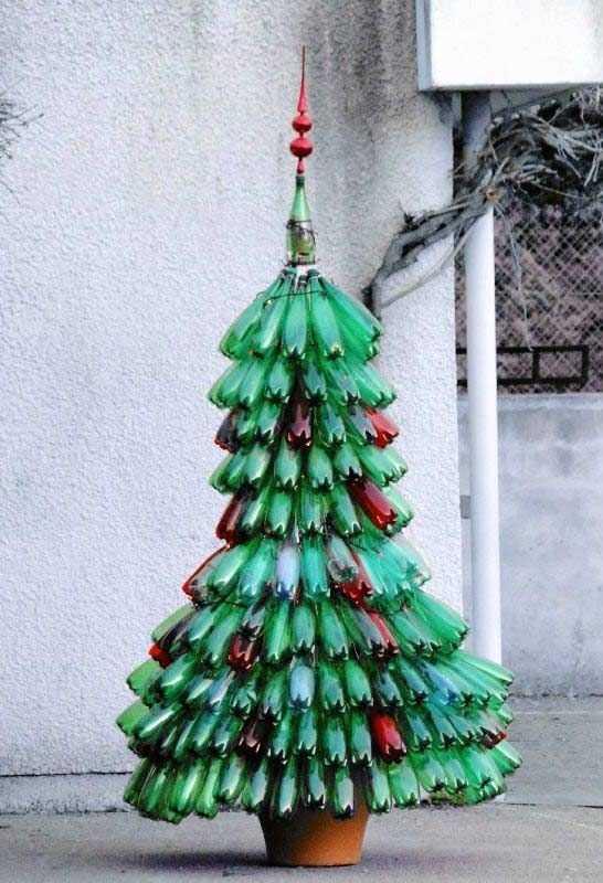 arvore de natal de material reciclado