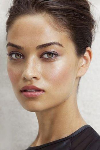 Manter a maquiagem em dias quentes exige alguns truques (Foto: Divulgação)
