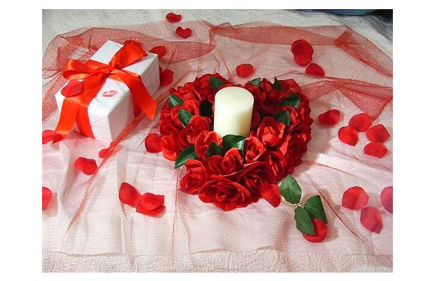 Fotos de arranjos de mesa para casamento simples 45