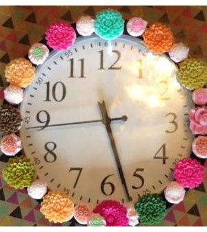 Como decorar um relógio de parede