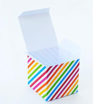 3 Moldes De Caixinhas De Presentes Coloridas Para Imprimir