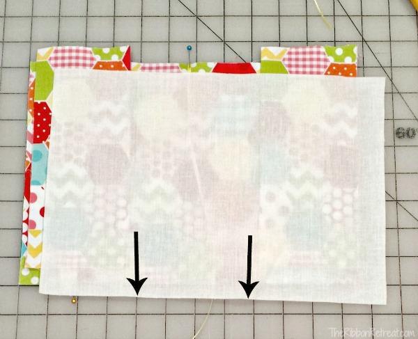 Capa de tecido para caderno com porta caneta passo 7