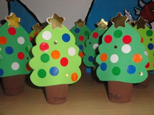 Muitas vezes 24 ideias de enfeites de Natal com rolo de papel higiênico BQ75