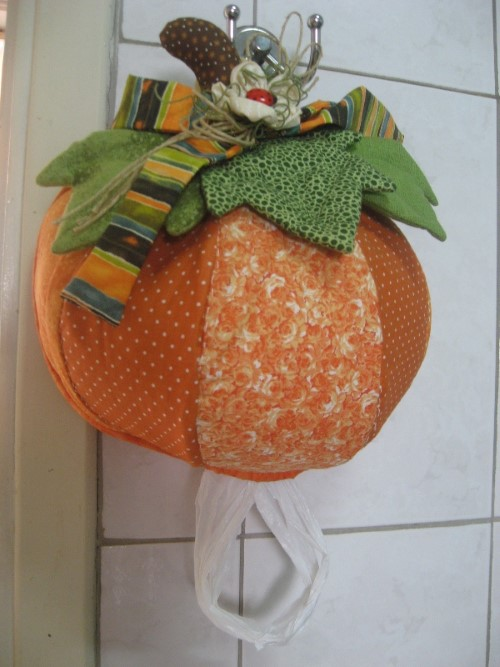 puxa-saco-de-patchwork-para-enfeitar-a-cozinha