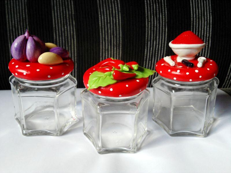 decoração de pote de vidro com frutinhas