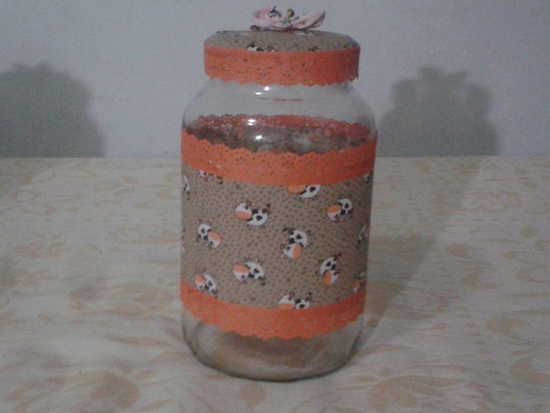 decoração de pote de vidro com renda
