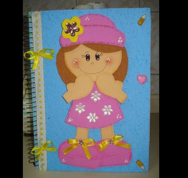 caderno em EVA boneca