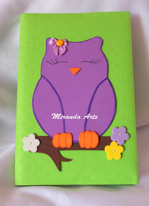 caderno em EVA coruja