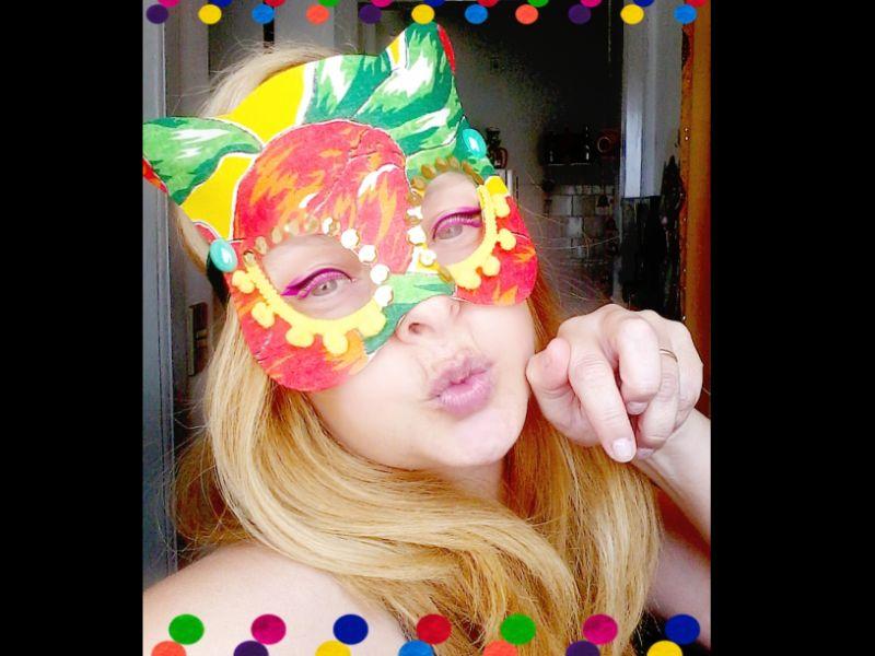 mascara de carnaval de chita