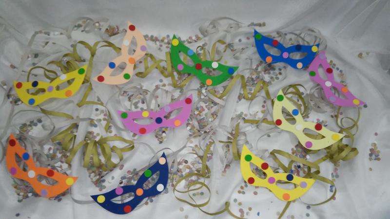 mascara de carnaval de papel