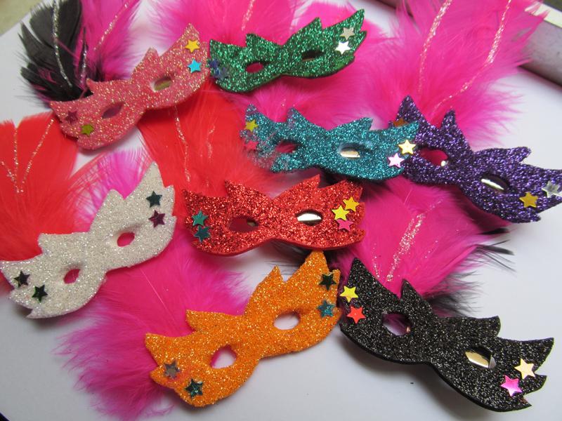 mascara de carnaval coloridas