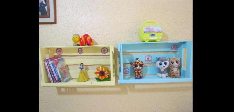 prateleira para quarto de bebe caixote
